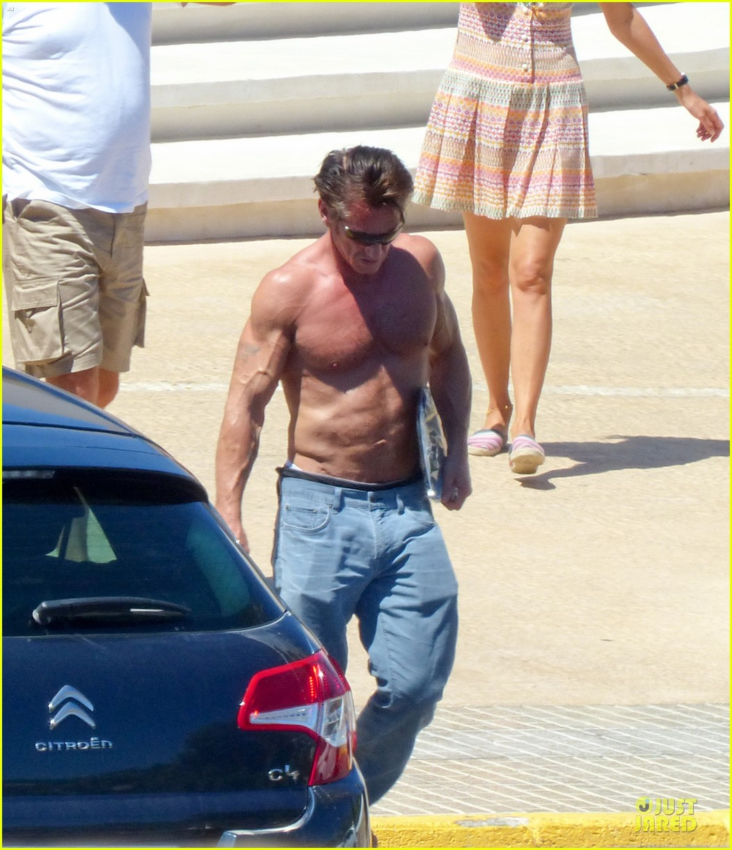 sean penn shirtless ripped on ibiza vacation 042928330