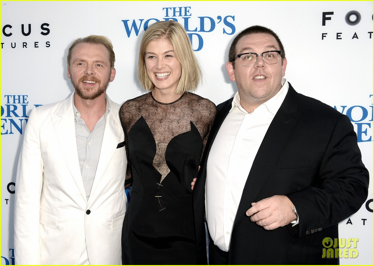 rosamund pike simon pegg worlds end premiere 08