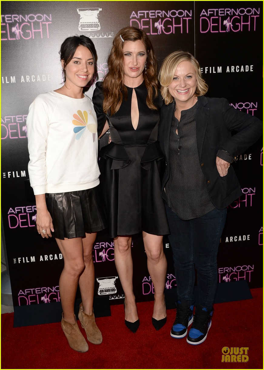 amy poehler kathryn hahn afternoon delight premiere 012933790
