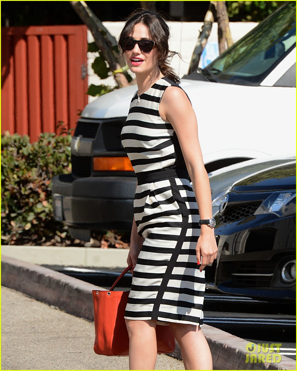 emmy rossum shows her stripes in brentwood 042926631