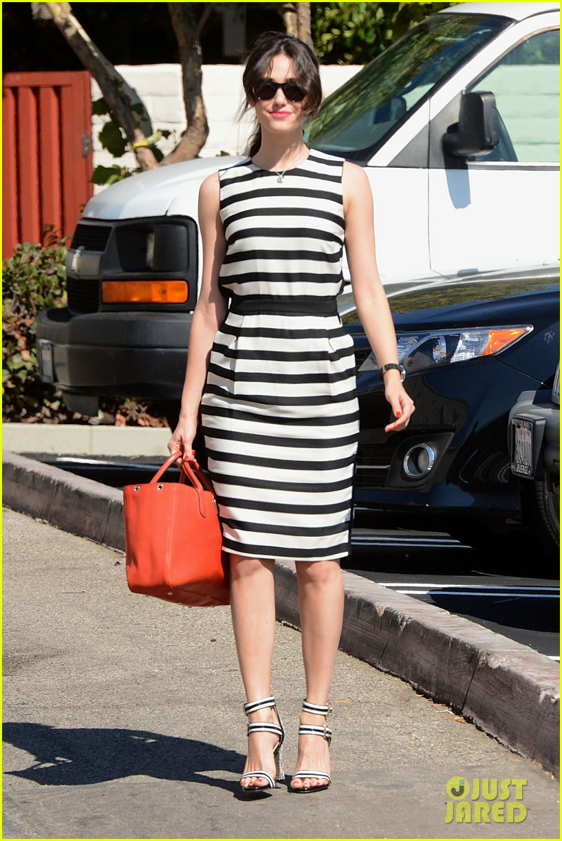 emmy rossum shows her stripes in brentwood 092926636