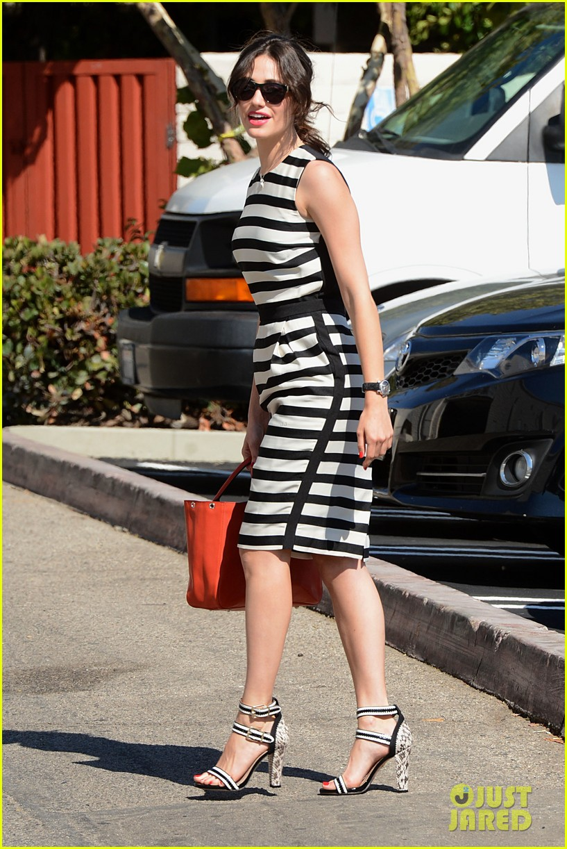 emmy rossum shows her stripes in brentwood 10