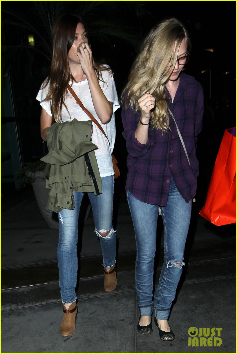 amanda seyfried had so much fun with jennifer carpenter 12