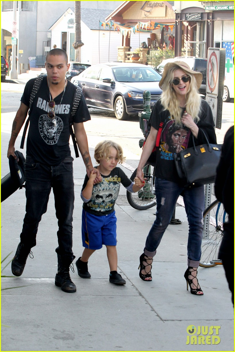 ashlee simpson bronx loves being cousin to maxwell ace 14