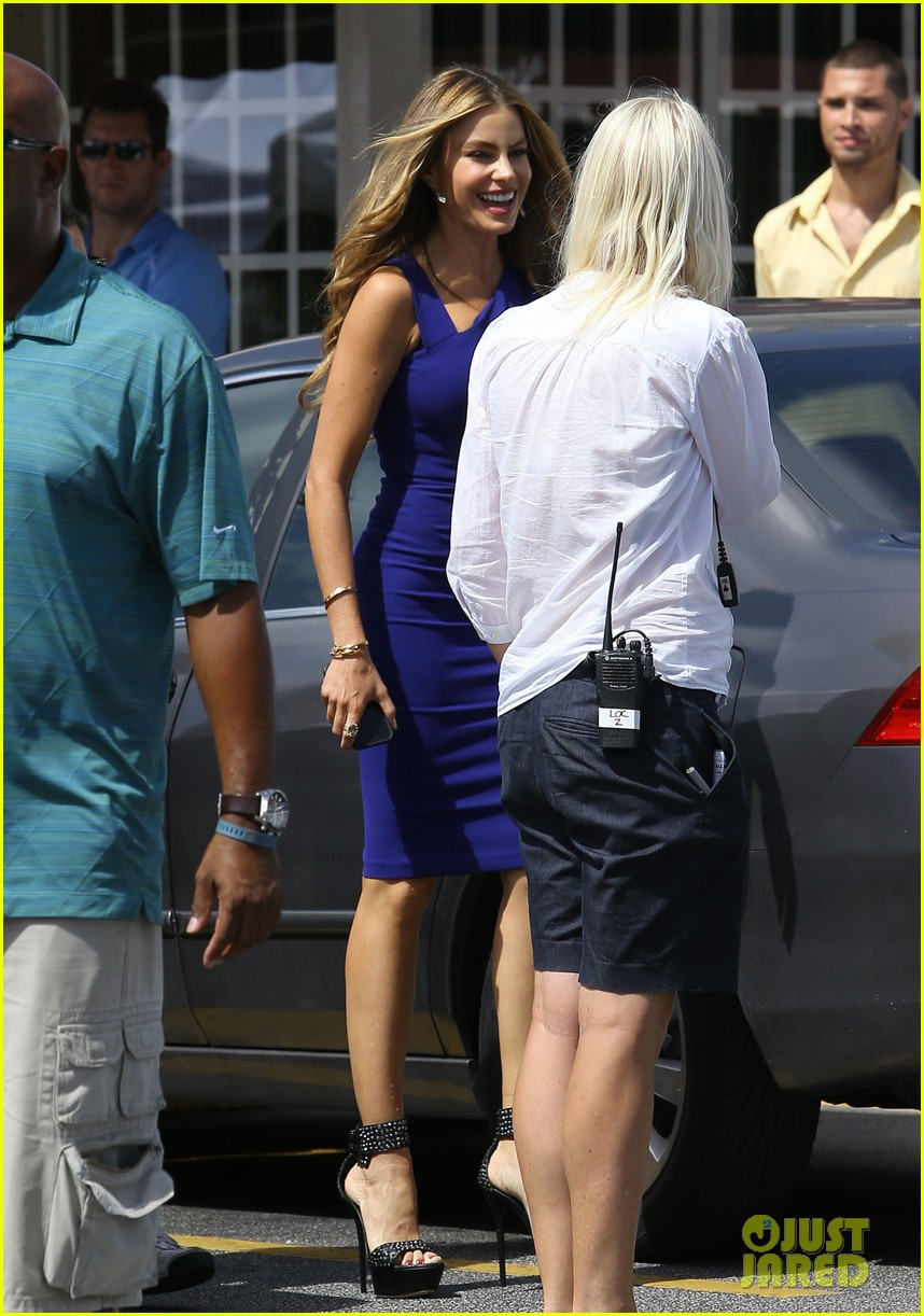 sofia vergara films chef in miami 39