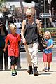 gwen stefani gavin rossdale hold hands for hugos lunch date 05