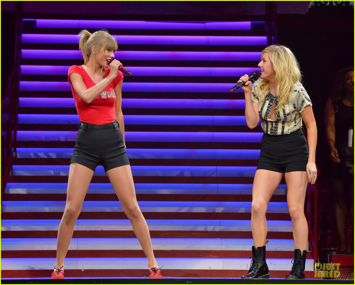 taylor swift performs anything performance with ellie goulding 01
