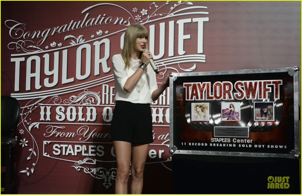 taylor swift 11 record breaking sold out shows at staples center 11