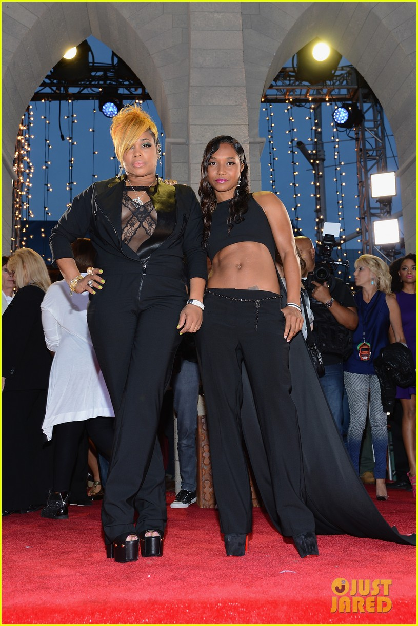 tlc chili t boz mtv vmas 2013 red carpet 032938092