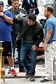 mark wahlberg bloody head wounds on transformers 4 set 23