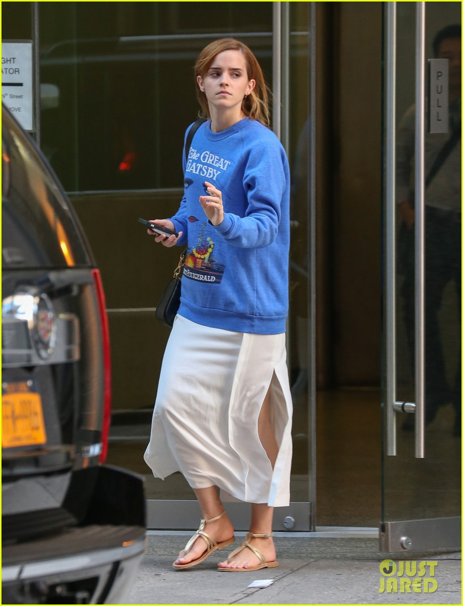 emma watson wears great gatsby sweatshirt over dress 012930925