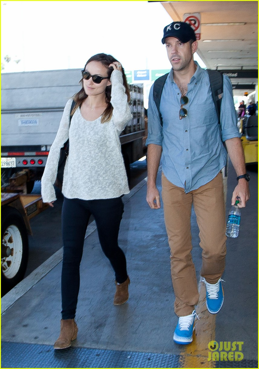 olivia wilde jason sudeikis from nyc to lax duo 02
