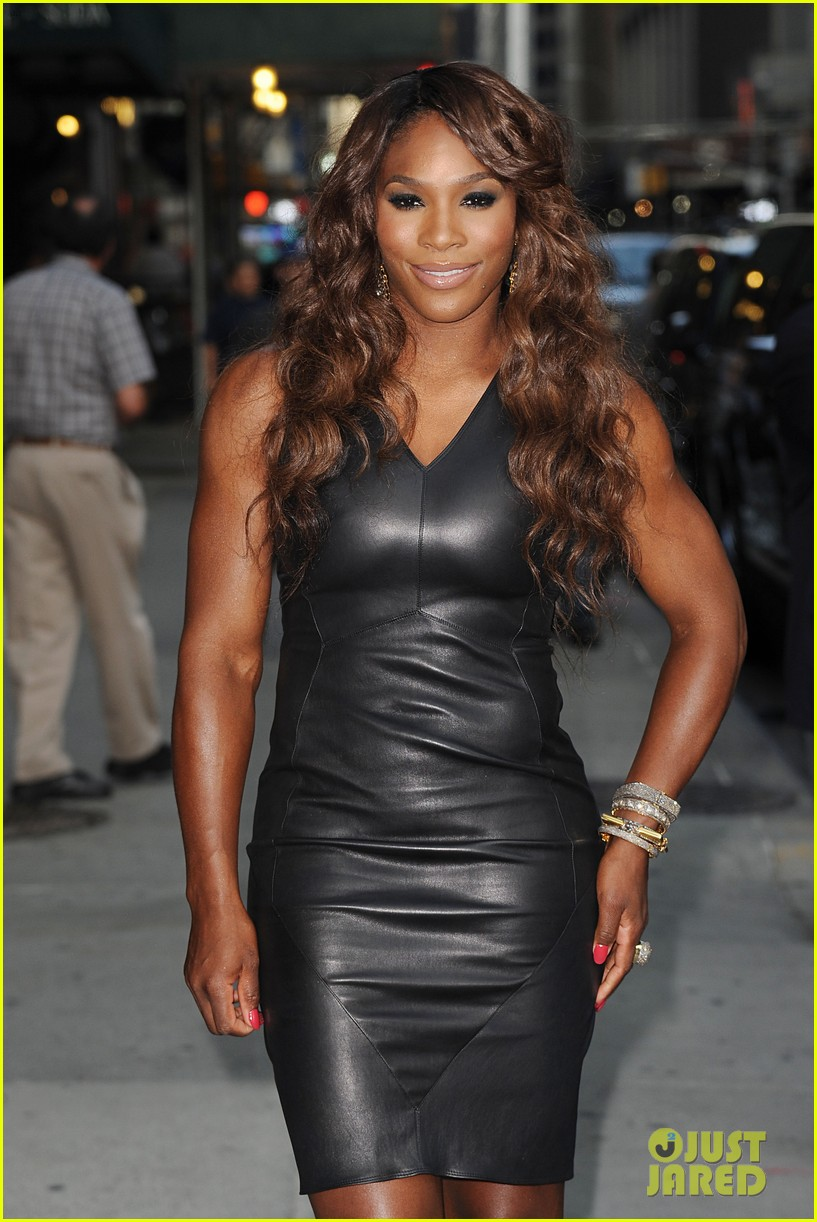 serena williams sports two hairstyles in one day 06