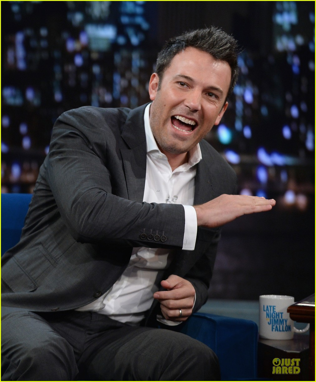 ben affleck mindy kaling late night with jimmy fallon guests 072953849