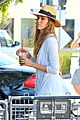 jessica alba labor day grocery shopping with honor 14