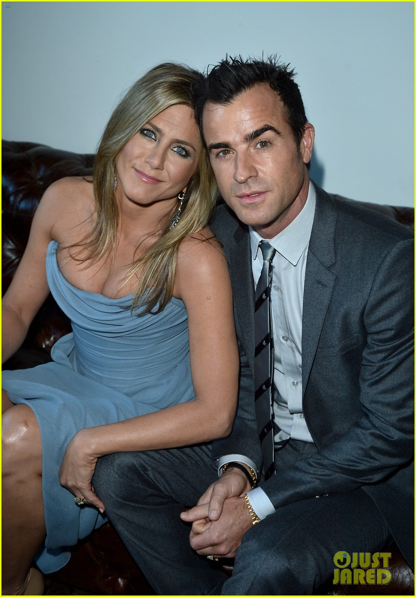 jennifer aniston life of crime cocktails with justin theroux 162952470