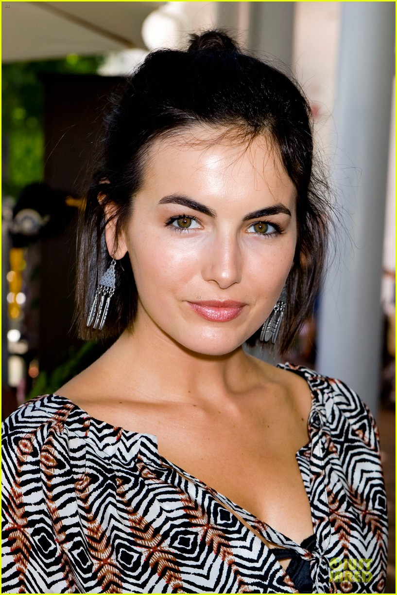 camilla belle lena dunham la loves alex lemonade event 17