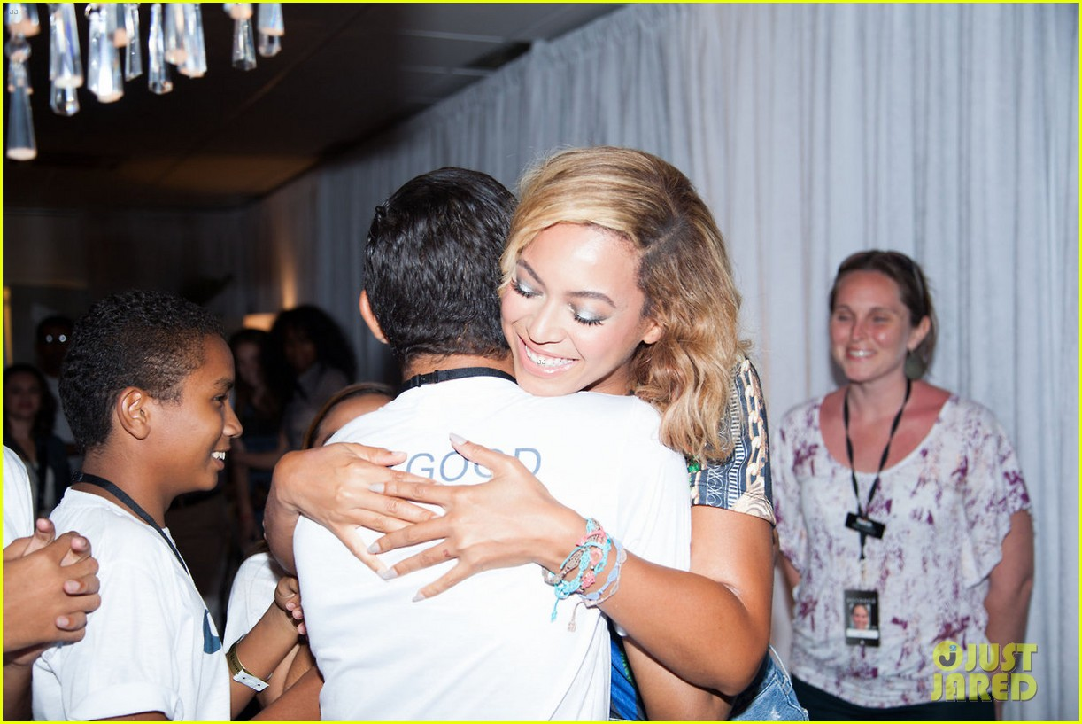 beyonce mrs carter tour brazil press conference show 072947572