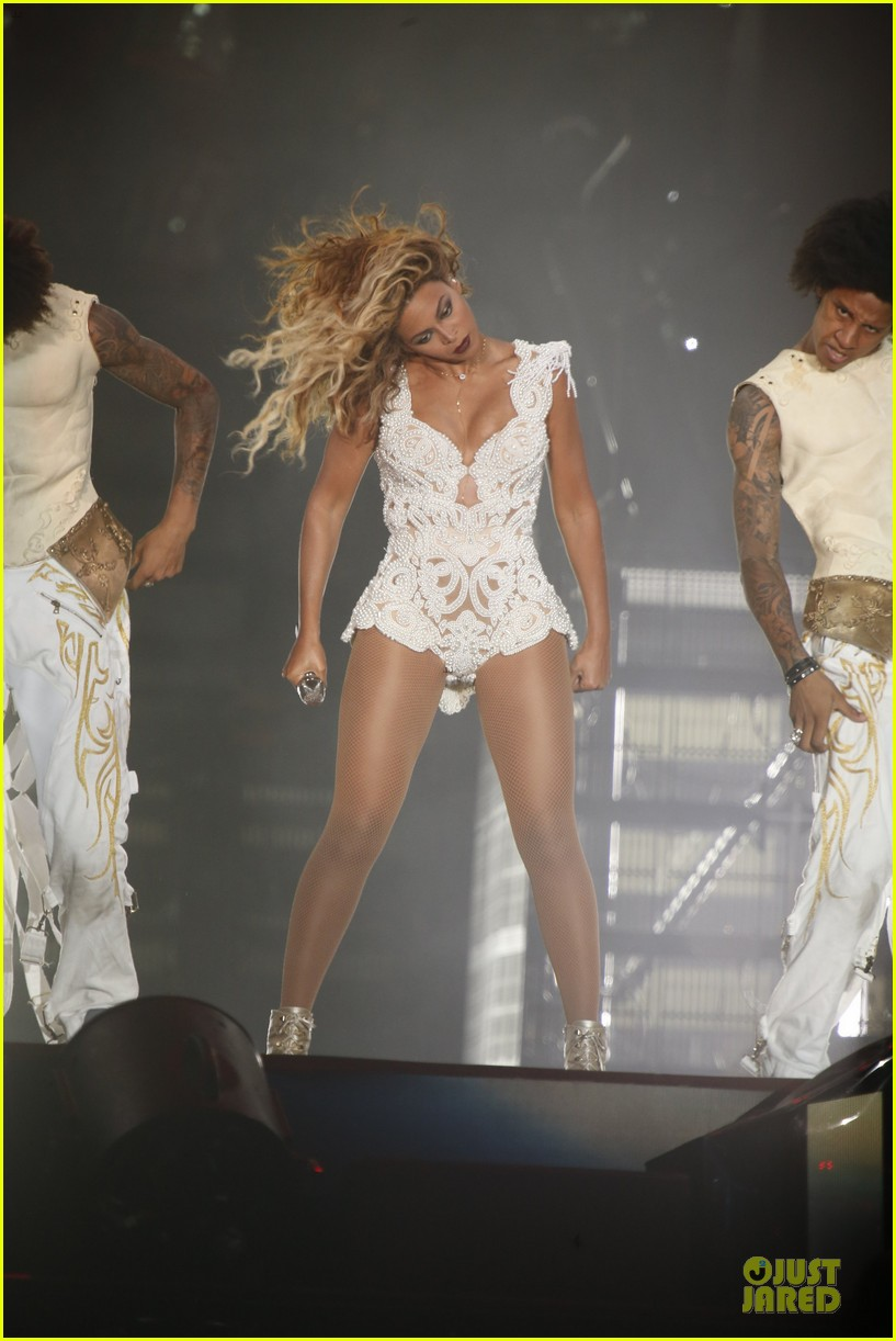 beyonce rock in rio opening night performer 262952355