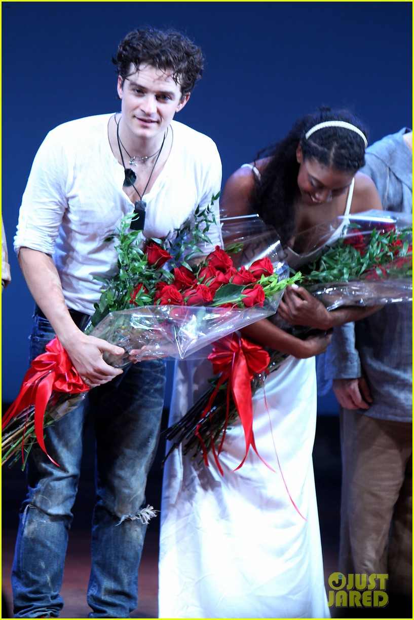 orlando bloom romeo juliet opening with condola rashad 17
