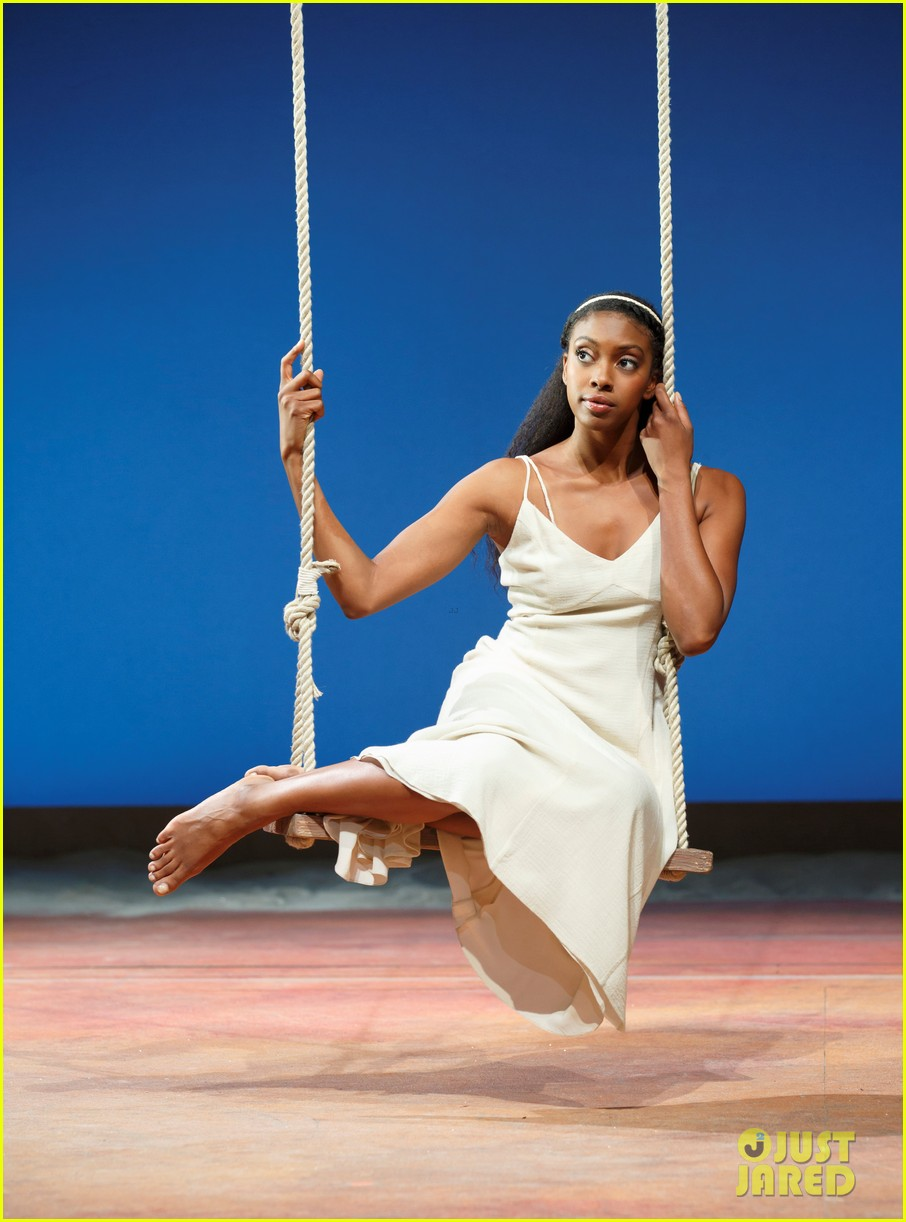orlando bloom condola rashad romeo juliet production pics 04