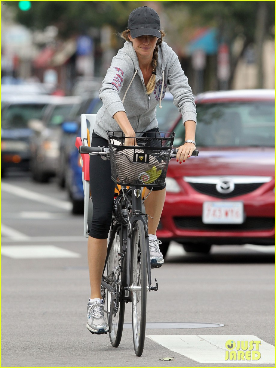 gisele bundchen rides bike tom brady scoots with benjamin 17