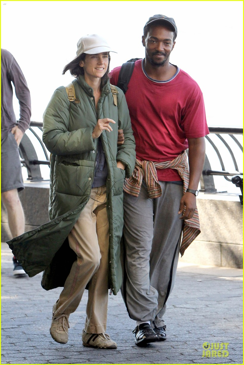 jennifer connelly anthony mackie hold hands for shelter 072961922