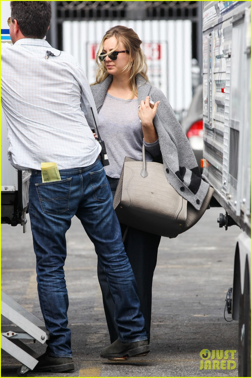 kaley cuoco sparks ryan sweeting engagement rumors with huge ring 18