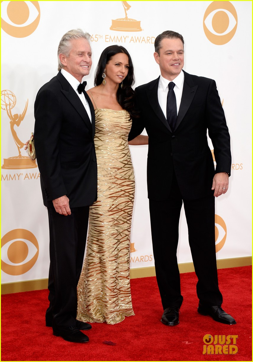 mattdamon michael douglas emmy awards red carpet 03