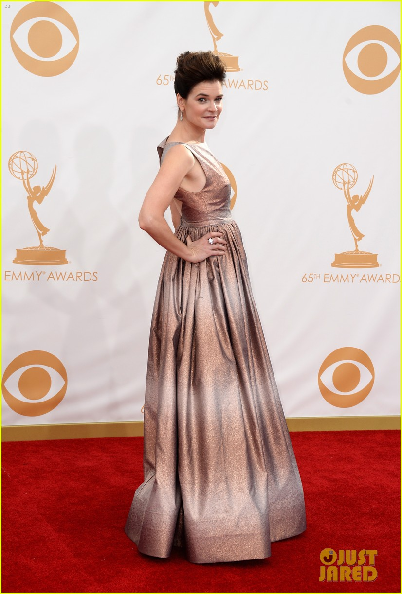 betsy brant dean norris emmys 2013 red carpet 09