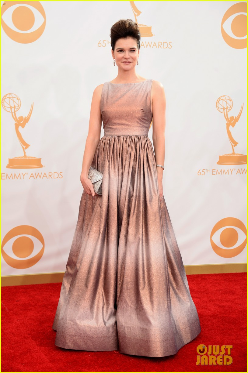 betsy brant dean norris emmys 2013 red carpet 10