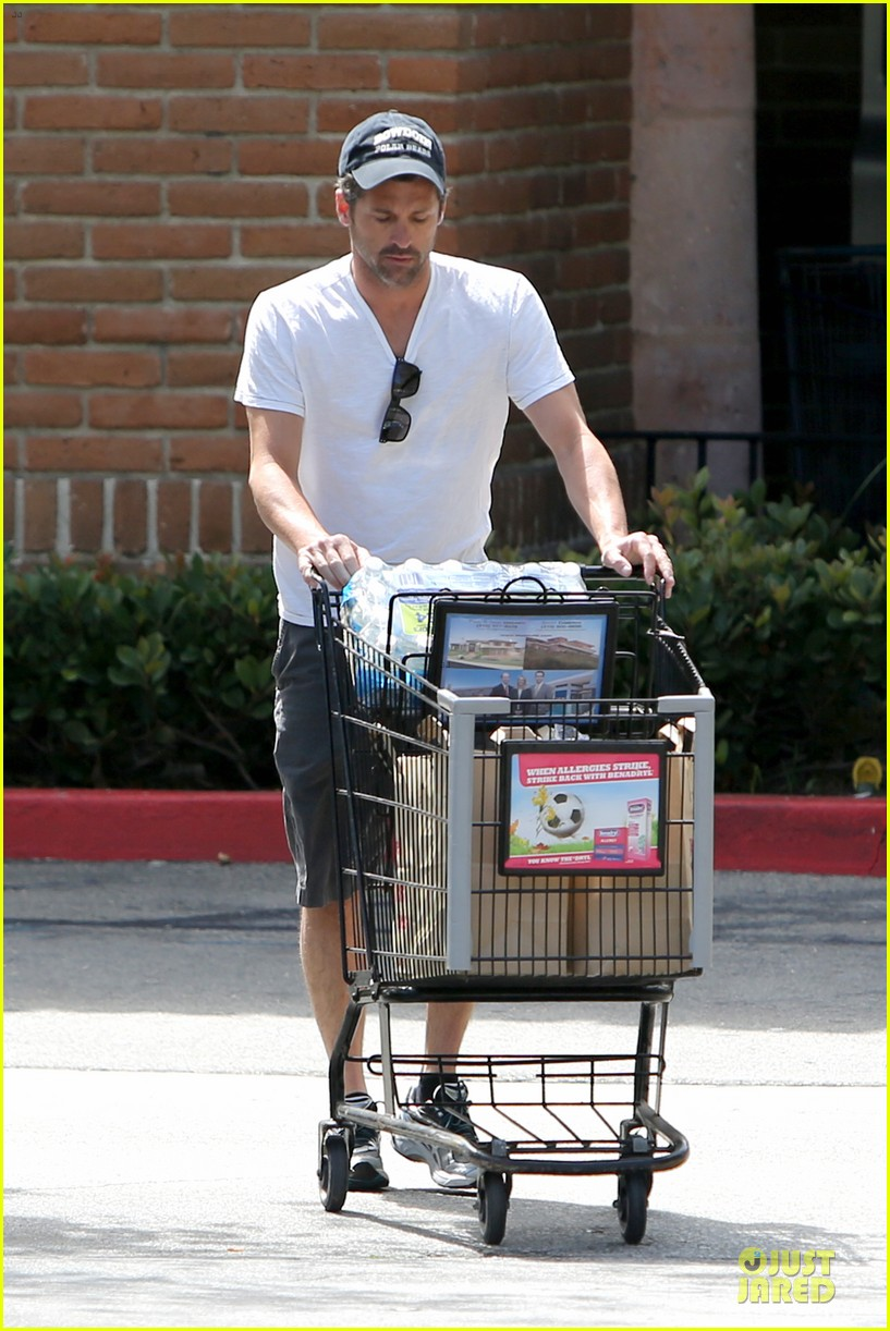 patrick dempsey labor day shopping after grand prix race 08