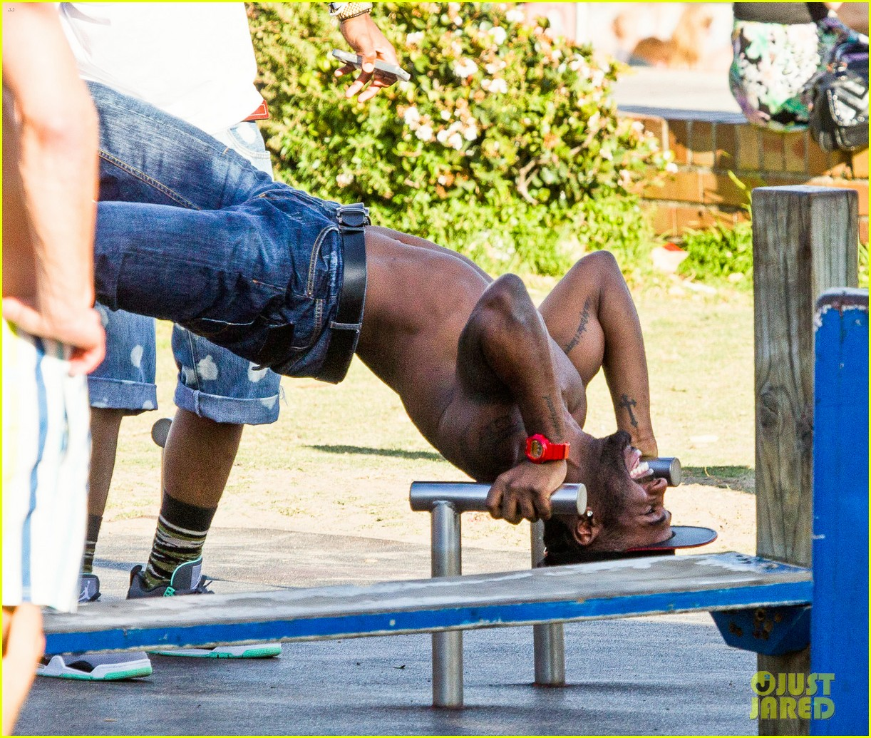 jason derulo shirtless workout in australia 132963164