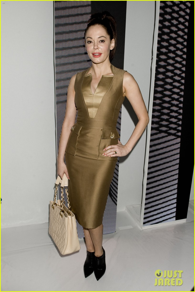 michelle dockery carolina herrera show 06