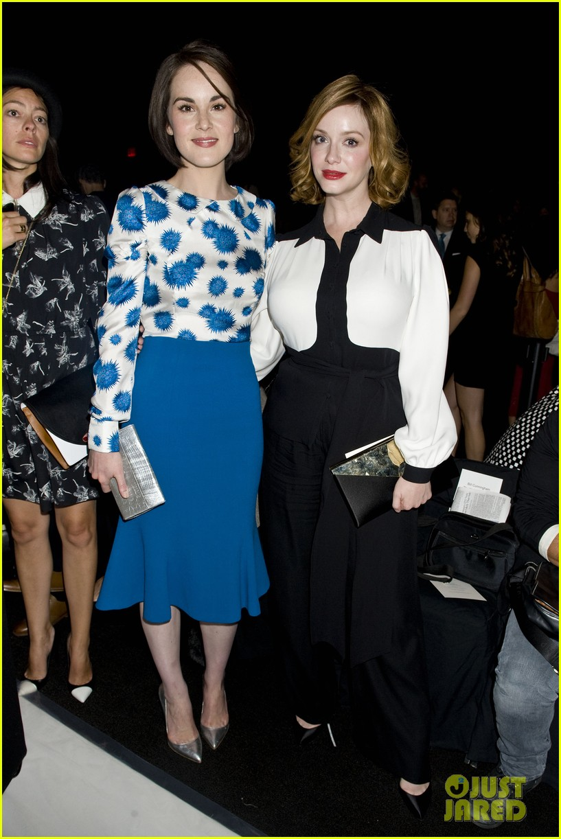 michelle dockery carolina herrera show 19