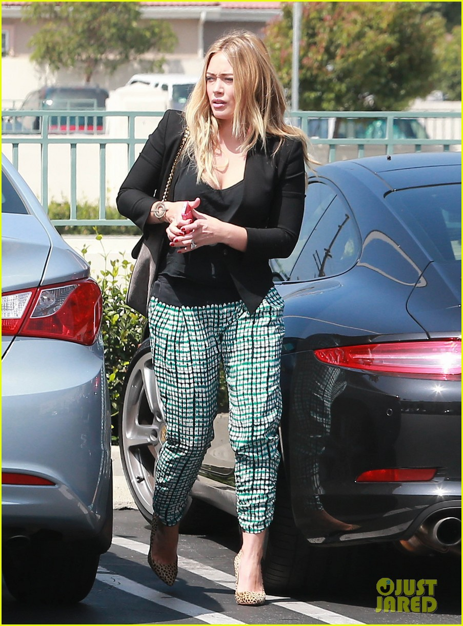 hilary duff the weeknd concert night out 01