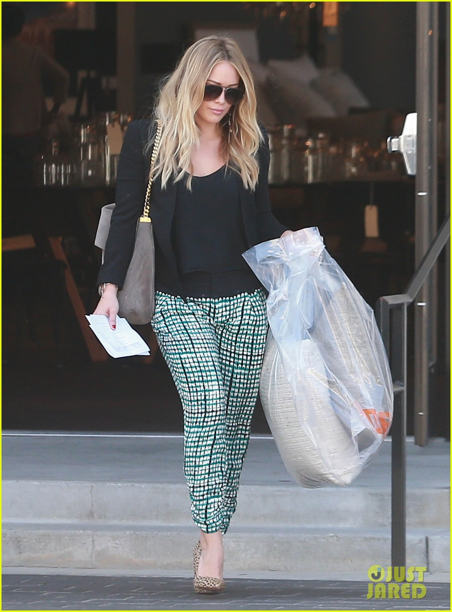 hilary duff the weeknd concert night out 06