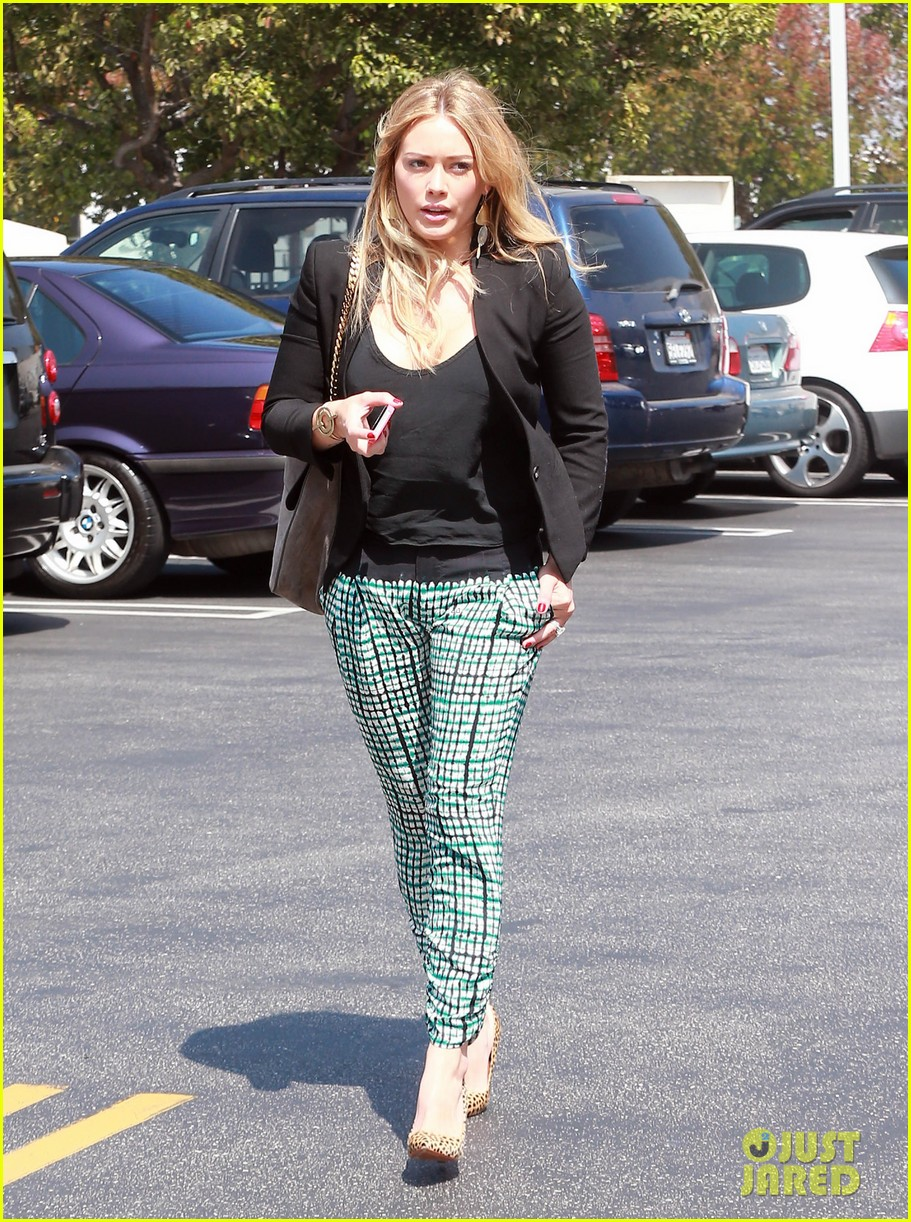 hilary duff the weeknd concert night out 092955175