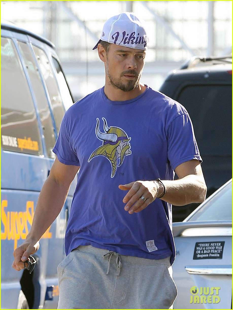 josh duhamel embraces new meaning of dilf 02