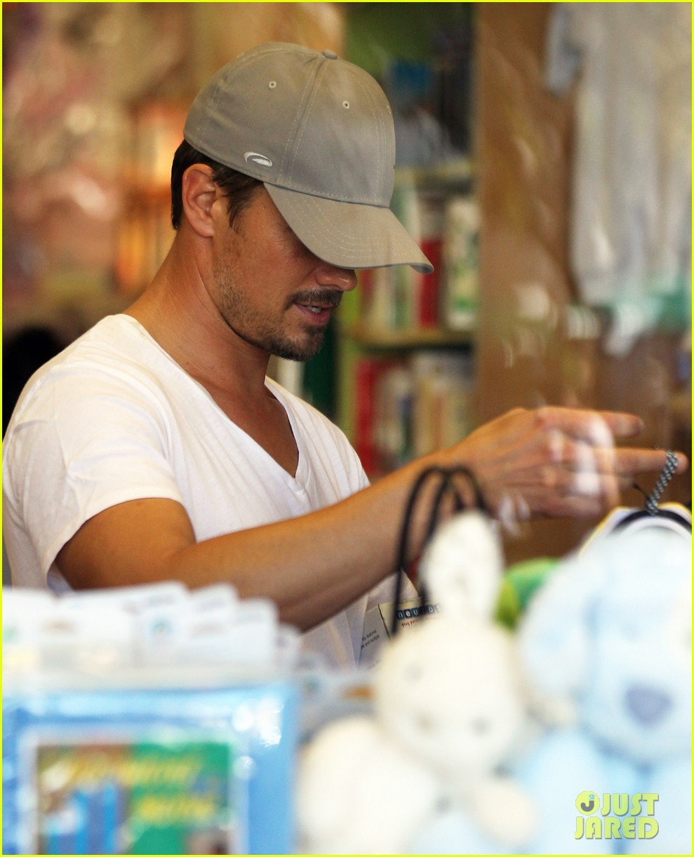 josh duhamel fergie i are obsessed with baby axl 112961087
