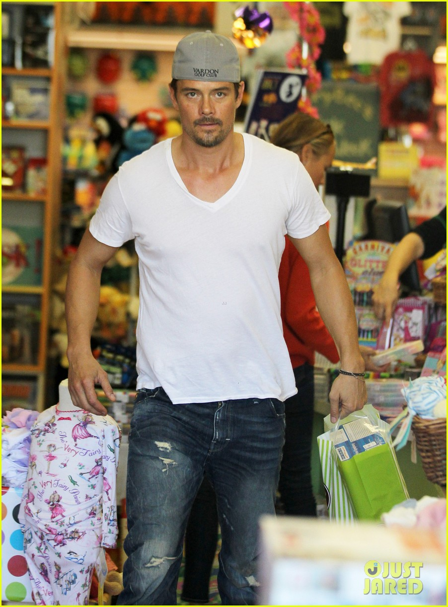 josh duhamel fergie i are obsessed with baby axl 152961091