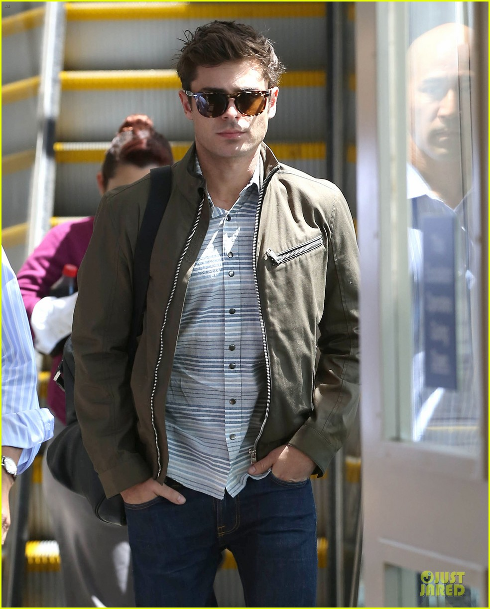zac efron tom welling lax arrival after toronto film festival 022946129
