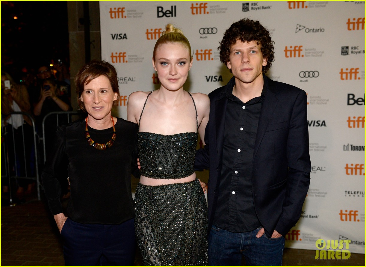 dakota fanning jesse eisenberg night moves tiff premiere 10