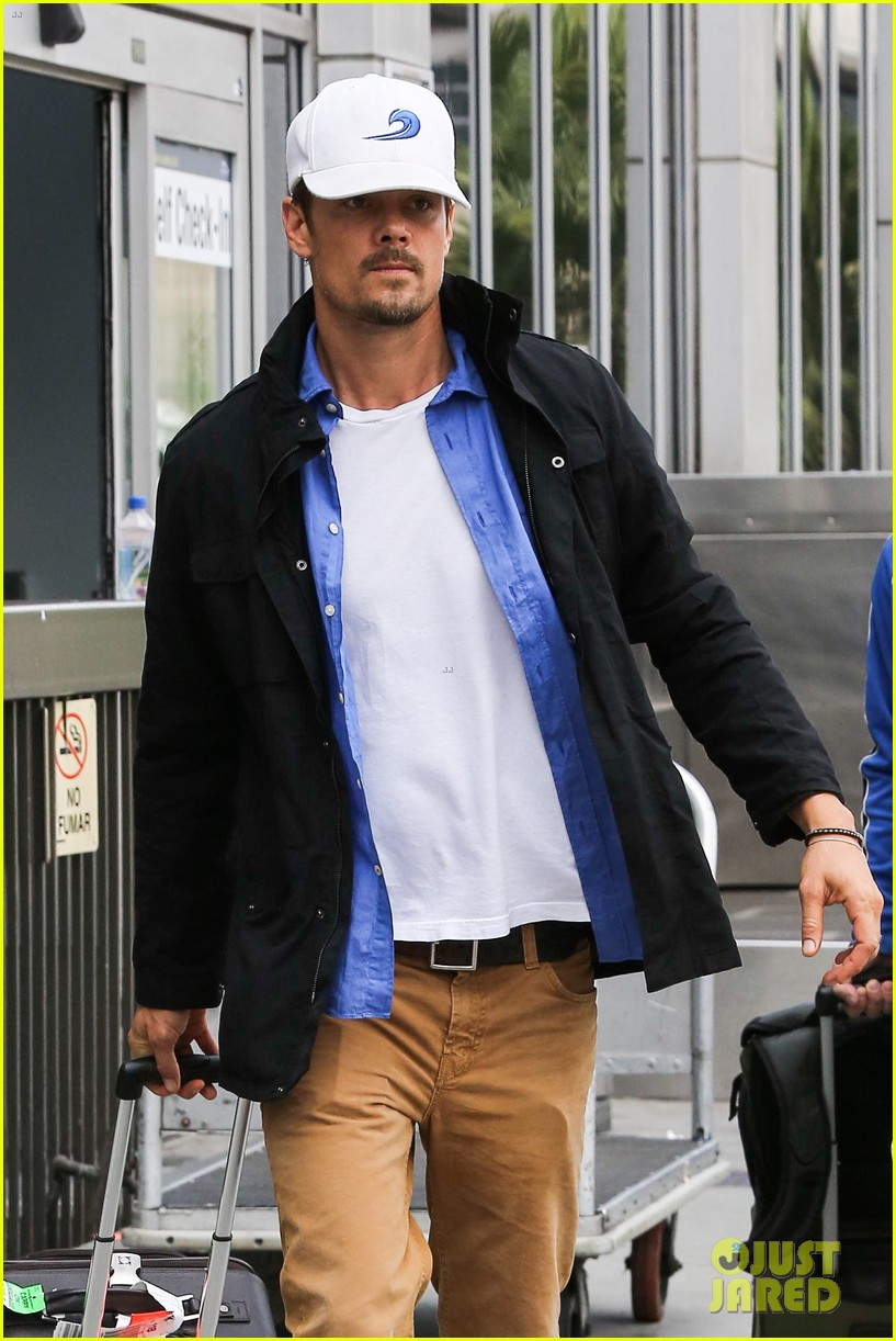 fergie debuts post baby boy at dinner with josh duhamel 07