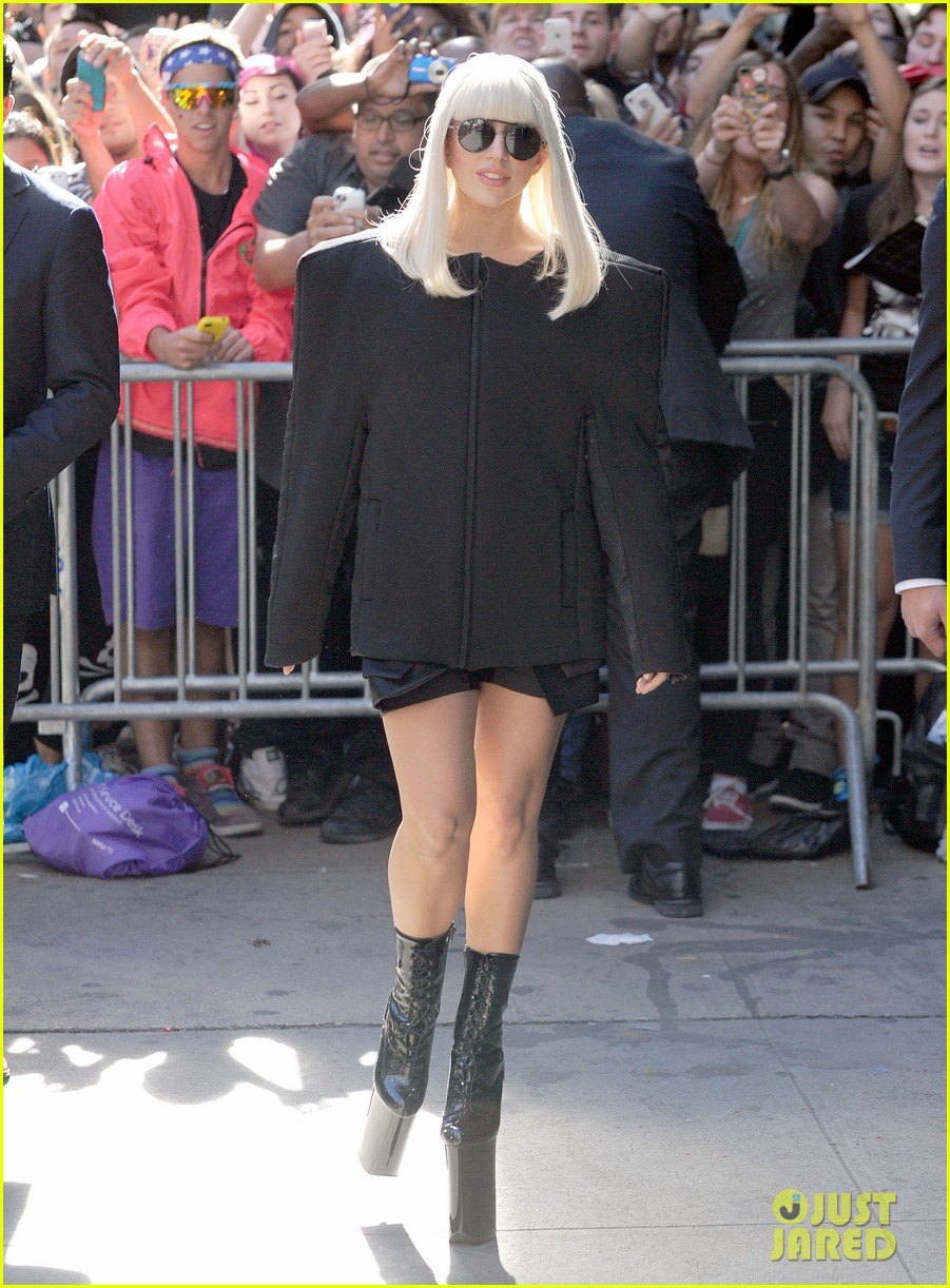 lady gaga serena williams exit good morning america studio 092948255