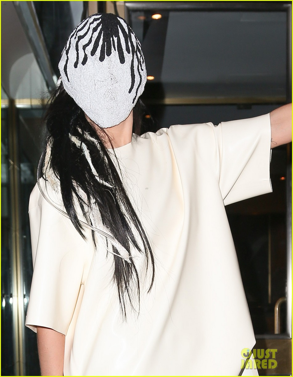 lady gaga wears full face mask while leaving apartment 02