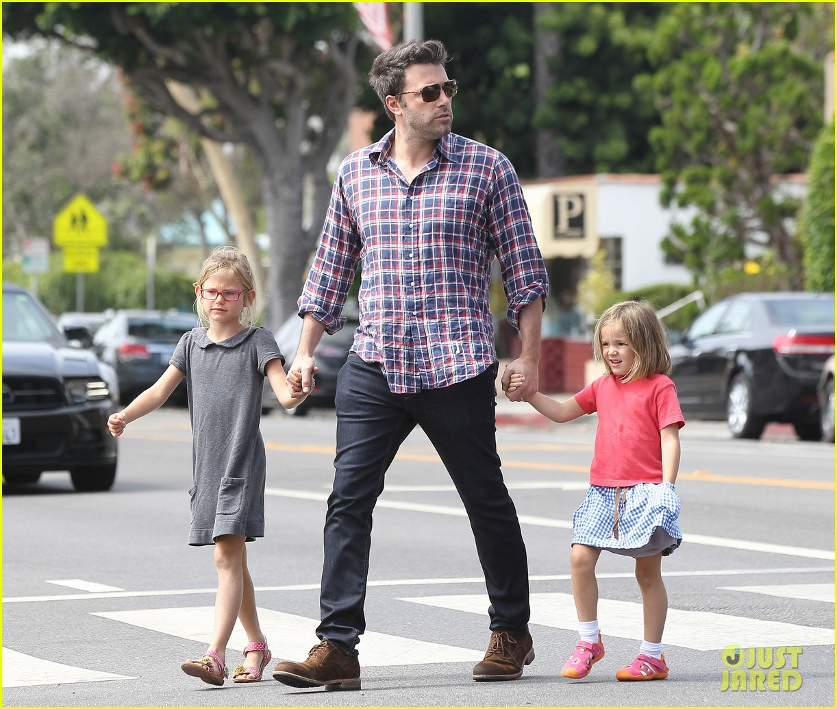 jennifer garner ben affleck separate outings with the kids 162942672