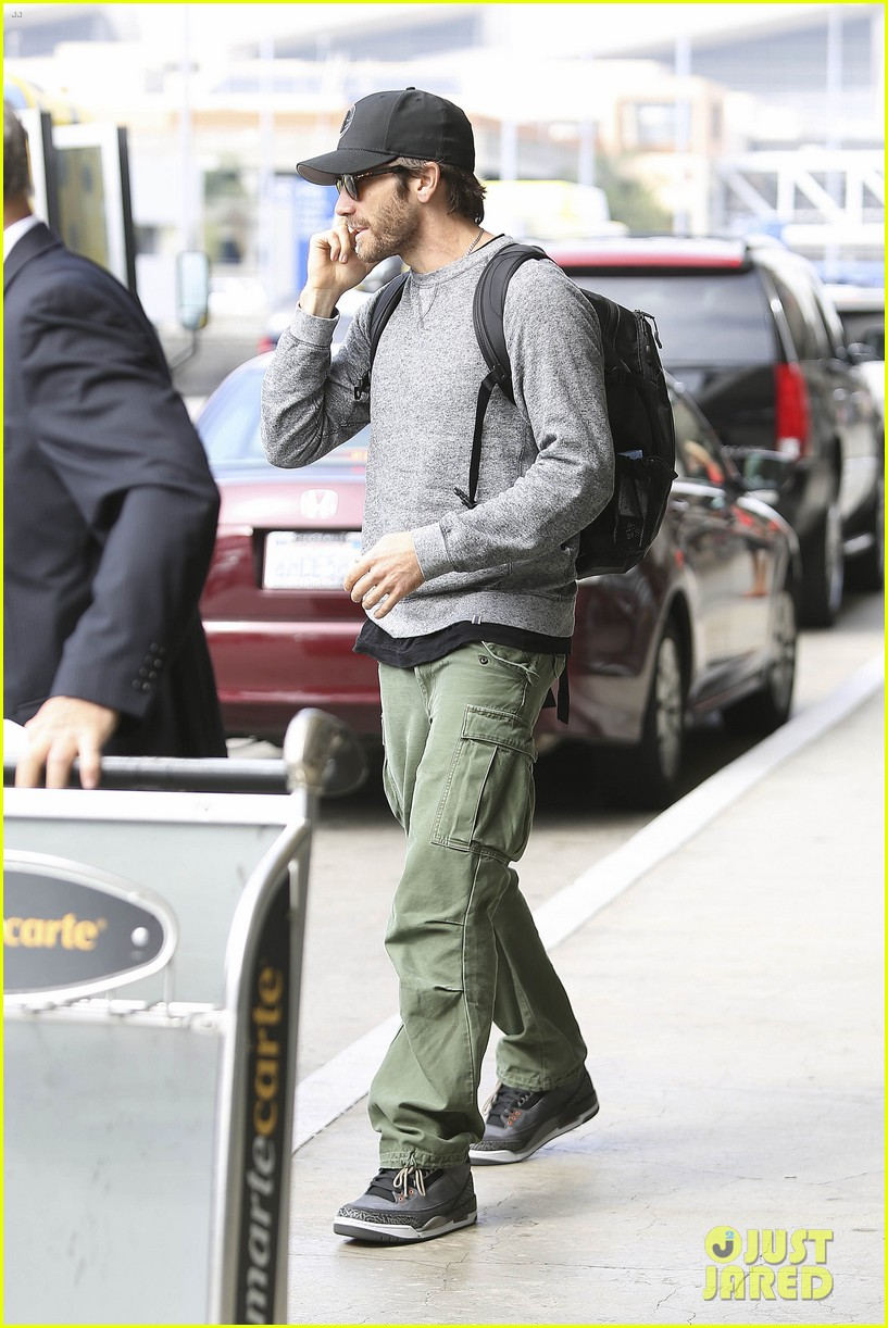 jake gyllenhaal james franco land in los angeles after tiff 25