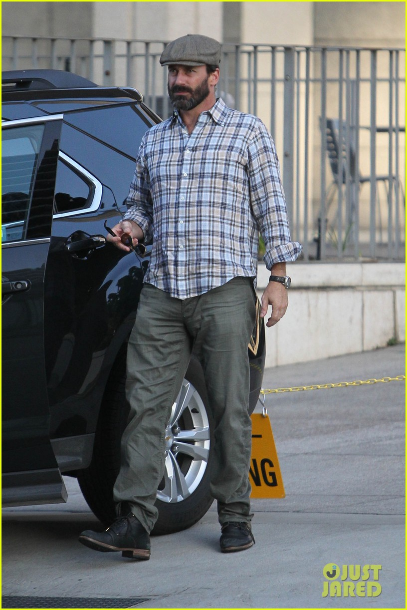 jon hamm shows off scruffy after mad men final season announced 02