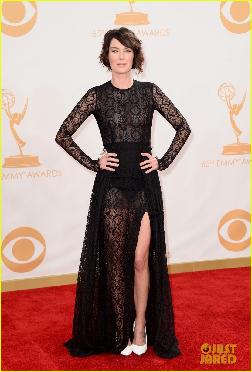 lena headey emmys 2013 red carpet 01
